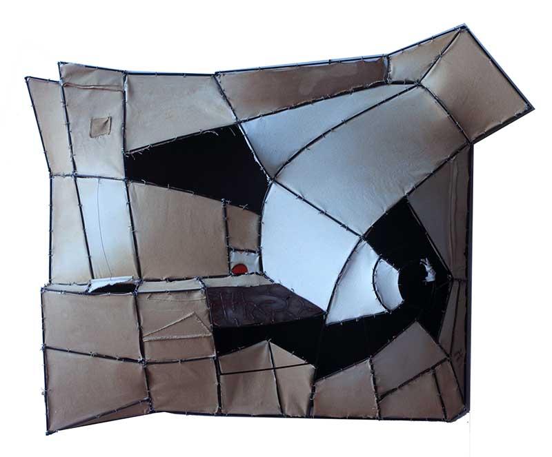 TESTIMONIO 8 90x106x30 cm( 35x41.3x 11
